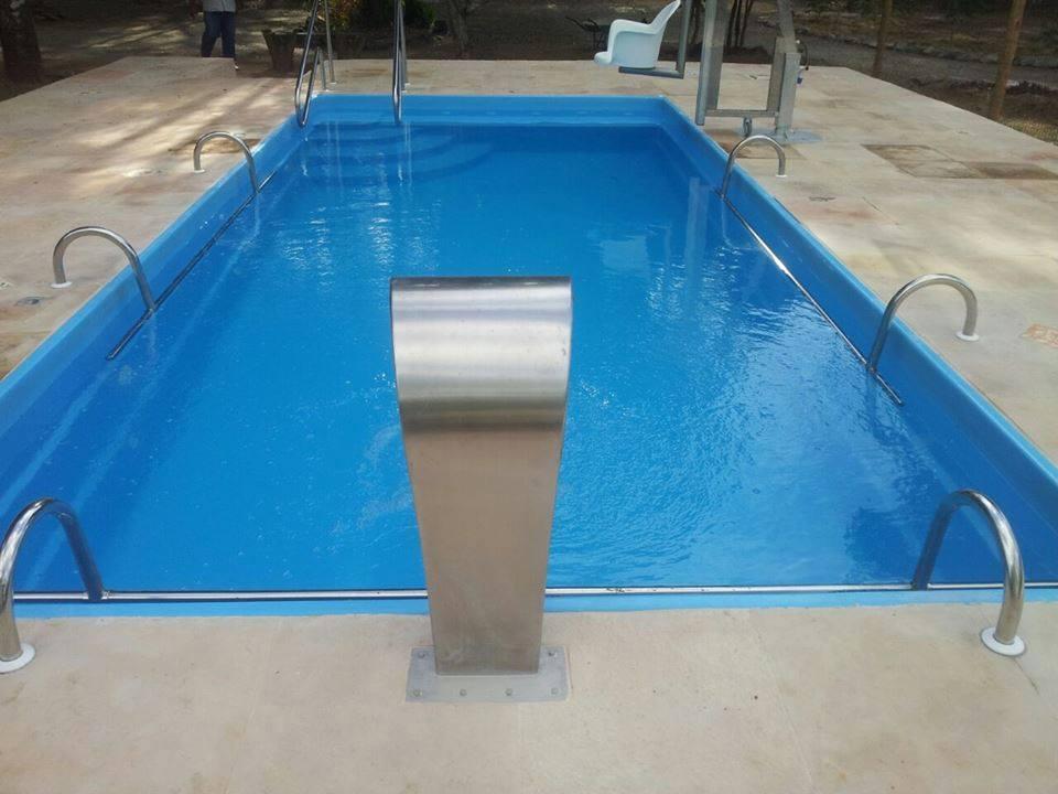 Piscinas de fibra bh mg piscina piscinas bh modelos for Piscina 50 metros